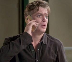 Arthur ouve desaforos de Carolina (Foto: TV Globo)