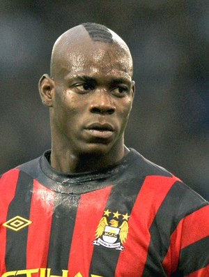 Mario Balotelli no jogo do Manchester City (Foto: Getty Images)