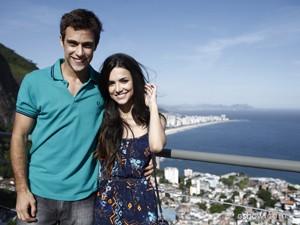 Manu Gavassi e Ronny Kriwat serão o casal Paulinha e Leto (Foto: Inácio Moraes/ TV Globo)