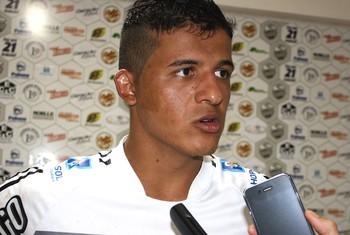 Glauco, capitão do Comercial na Copa São Paulo de Futebol Júnior (Foto: Cleber Akamine / globoesporte.com)