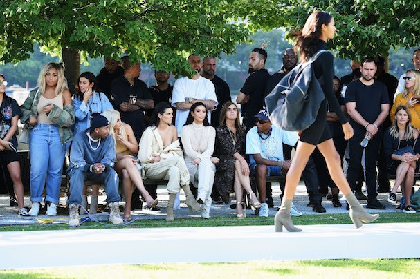 Desfile Yeezy Season 4 (Foto: Getty Images)