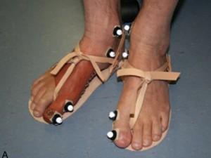 Réplica de prótese de dedão egípcio usado em teste por cientistas (Foto: Divulgação/Universidade de Manchester)