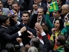 Festa na Paulista e choro no Anhangabaú: a votação do impeachment nas ruas de SP