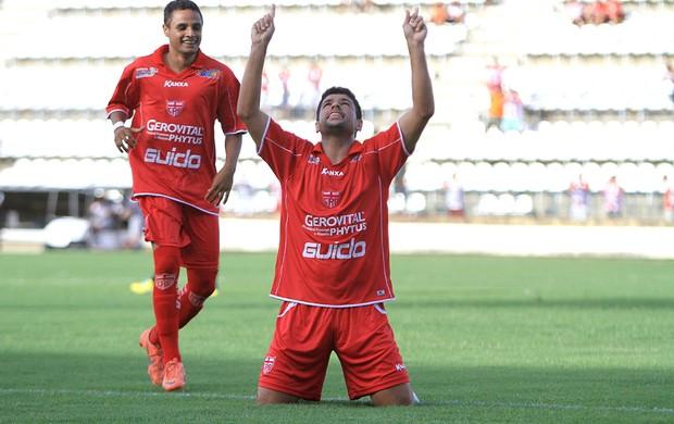 Schwenck comemora gol do CRB na vitória sobre o Corinthians-AL (Foto: Ailton Cruz / Gazeta de Alagoas)
