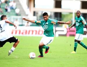 Luan no jogo do Palmeiras contra o Bragantino (Foto: Marcos Ribolli / Globoesporte.com)