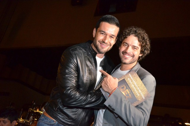 Sérgio Marone e Guilherme Winter na pré-estreia do filme 'Os Dez Mandamentos' (Foto: Demetrio Koch / Divulgação)