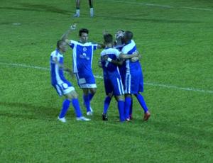 Vila Aurora comemora gol de empate contra o Cuiabá pelo Mato-grossense (Foto: Reprodução/TVCA)