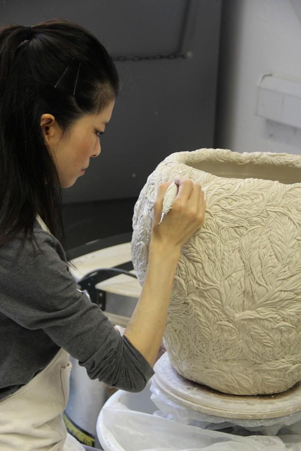 Porcelana exibe texturas ultradelicadas (Foto: Divulgação)