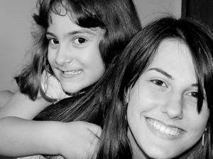 Cleo e Adriana, as filhas de Paulo Pavesi (Foto: Paulo Pavesi/ Arquivo Pessoal)