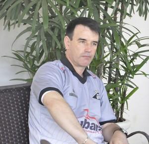 Marcio Marolla treinador do Mixto (Foto: Christian Guimarães)