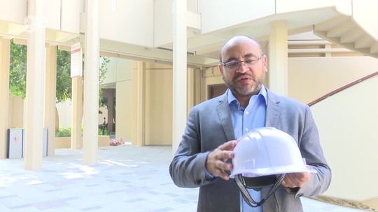 Catar 2022: entenda como funciona o capacete refrigerado dos operários