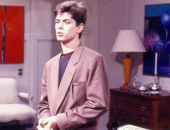 O ator, aos 19 anos, em cena de Meu bem, meu mal, novela que marca sua estreia na Globo (Foto: Arquivo Rede Globo)