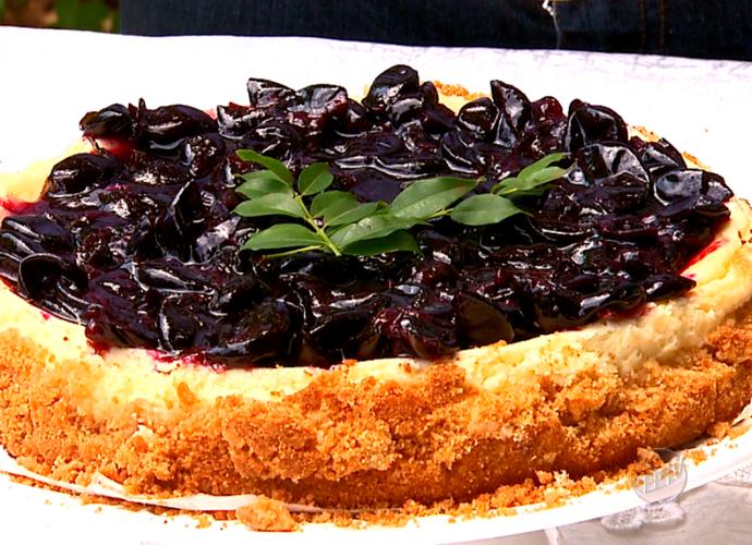 O Cheesecake de Jabuticaba é uma ótima dica para fazer de sobremesa (Foto: reprodução EPTV)