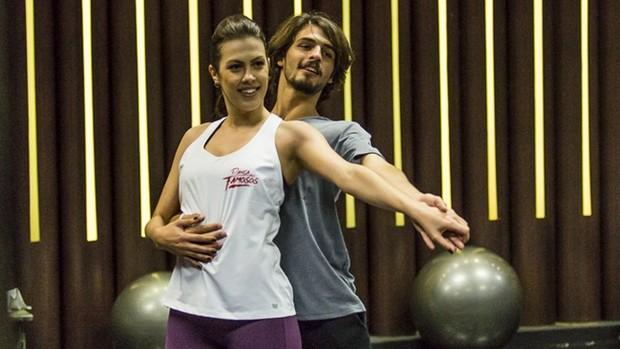 Dança dos Famosos: ensaios com foco e concentração (divulgação)