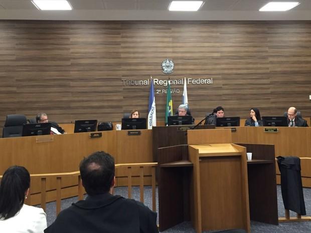 TRF julga pedidos de Habeas Corpus para presos na Operação Saqueador (Foto: Kathia Mello/G1)