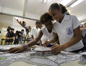 lançamento maquete tátil do Parque Olímpico Rio 2016 (Foto: Beth Santos)