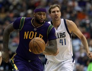 Mavericks e Pelicans mediram forças na NBA (Foto: Ronald Martinez/Getty Images)