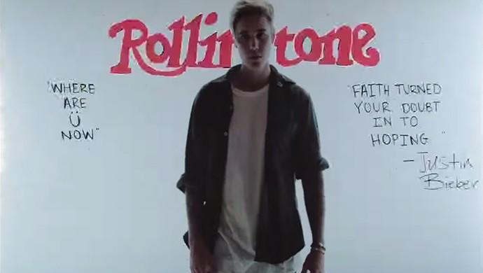 Justin Bieber aparece sozinho no clipe interagindo com os desenhos (Foto: Reprodução)