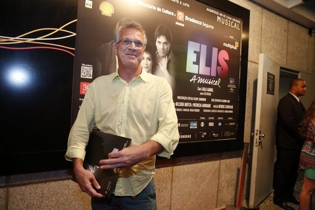 Pedro Bial em sessão especial de musical na Zona Sul do Rio (Foto: Felipe Panfili/ Ag. News)