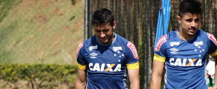 Robinho; meia do Cruzeiro (Foto: Maurício Paulucci)