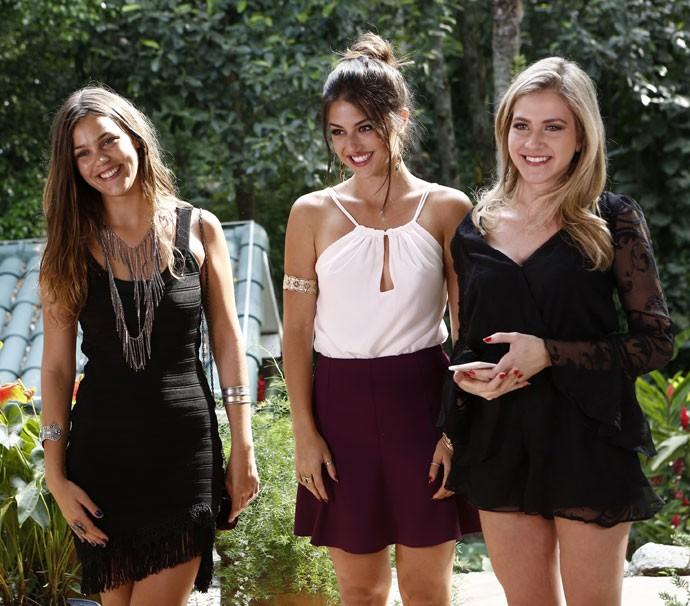 Pâmela, Anaju e Hanna LACRADORAS no PapoReto especial de moda (Foto: Inacio Moraes / Gshow)
