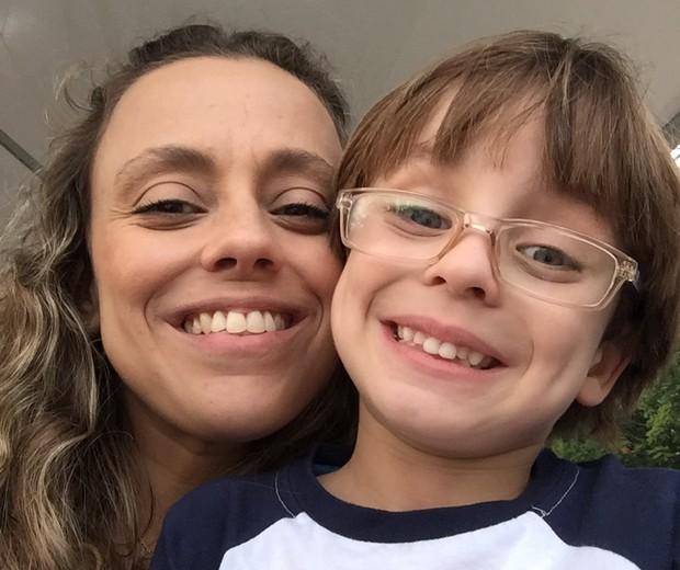 Maria Emília e o filho (Foto: Maria Emília Zanetti)
