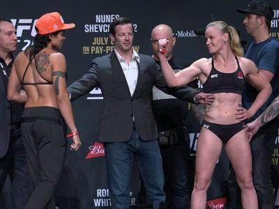 Amanda Nunes Valentina Shevchenko Pesagem UFC 213  (Foto: Evelyn Rodrigues)