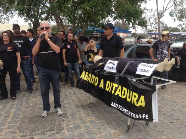 Manifestação foi realizada em Caruaru (Foto: Lafaete Vaz/G1)