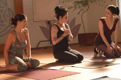 Surtadas na yoga: série do GNT será gravada em casa do Morumbi (Foto: Divulgação)