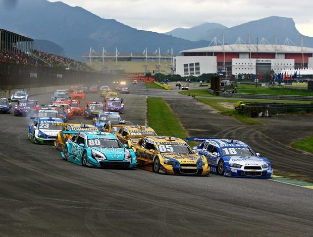 Stock Car - Largada da etapa do Rio de Janeiro, a sexta da temporada 2012 (Foto: Carsten Horst / Divulgação Hyset)