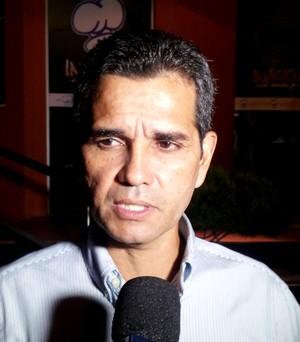 Álvaro Miguéis, técnico do Rio Branco (Foto: João Paulo Maia)