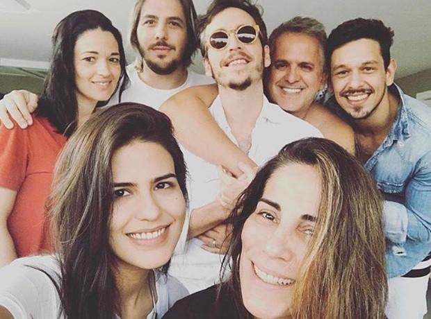 João Vicente com a família de Cleo Pires (Foto: Reprodução / instagram)