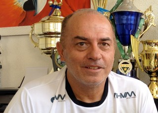 Carlos Rabello, técnico do Operário-MS (Foto: Hélder Rafael)