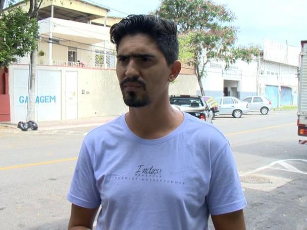 Tio de recepcionista teve carro roubado em Viana (Foto: Reprodução/ TV Gazeta)