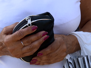 Dona de casa é assaltada no centro de Campinas (Foto: Reprodução/EPTV)