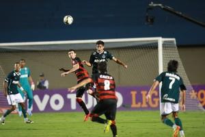 Goiás x Vitória - Campeonato Brasileiro 2014 (Foto: Cristiano Borges / O Popular)