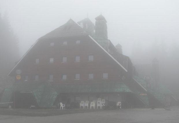 Hotel Rtanj está lotado por causa do 'fim do mundo' (Foto: Divulgação)