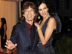 Mick Jagger e L'Wren Scott, em Nova York, em 2012 (Foto: AP/Evan Agostini)