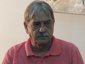 Em entrevista, médico Jorge Cury nega existencia de esquema fraudulento no Samu de Ferraz (Foto: Carolina Paes)
