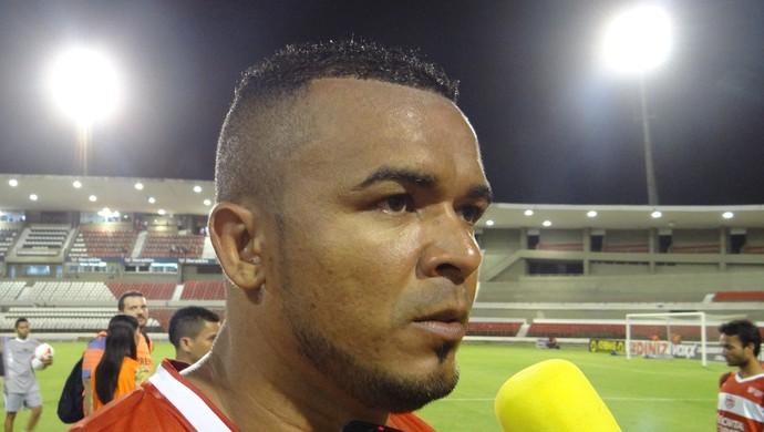 Zé Carlos, atacante do CRB (Foto: Denison Roma / GloboEsporte.com)