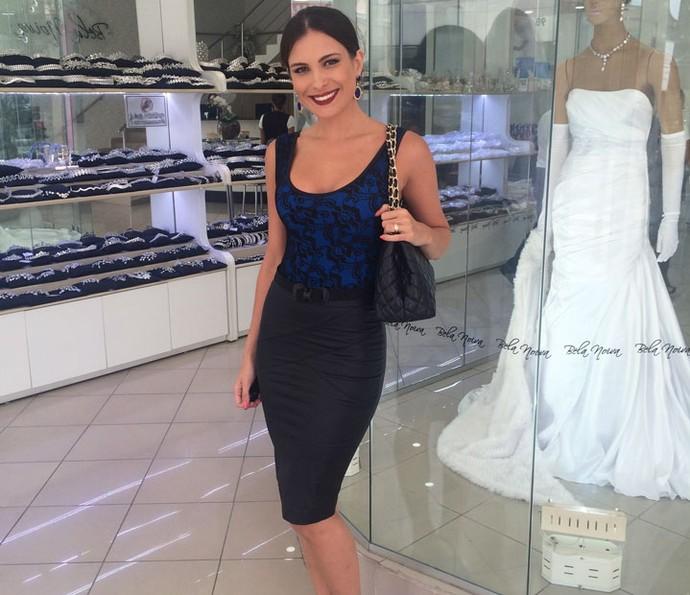 Kamilla Salgado começa escolha do vestido de noiva (Foto: Arquivo Pessoal)