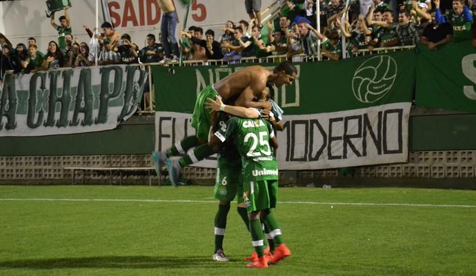 Chapecoense Tiago Luis Libertad (Foto: Cleberson Silva/Chapecoense)