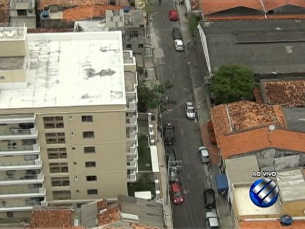 Prédio no centro de Belém é alvo de assaltantes (Foto: Reprodução/TV Liberal)