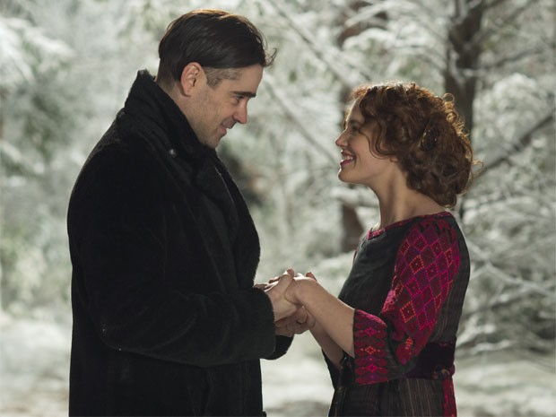 Colin Farrell e Jessica Brown Findlay em cena de 'Um conto do destino' (Foto: Divulgação)