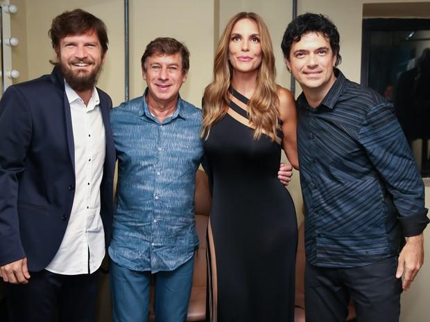 Saulo Fernandes, Flávio Venturini, Ivete Sangalo e Jorge Vercillo em show em Salvador, na Bahia (Foto: Manuela Scarpa/ Brazil News)