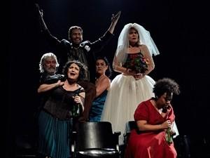 Atriz se apresenta com o espetáculo Krum na cidade (Foto: Reprodução / Divulgação)