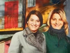 Foto em que Ariela e Isadora aparecem gordas em Buenos Aires (Foto: Cheias de Charme/ TV Globo)