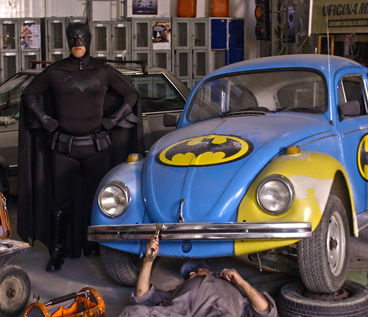 Batman vai dar as caras no Zorra (Foto: TV Globo)