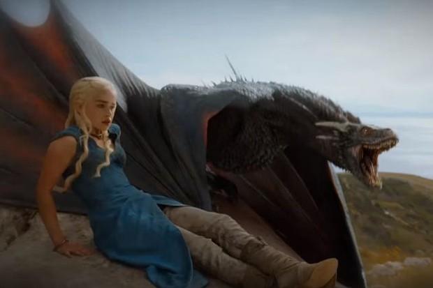 Daenerys Targaryen (e seu dragão) aparecem no teaser da sexta temporada de 'Game of Thrones' (Foto: Reprodução)