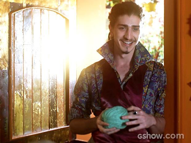 E Ferdinando está cada vez mais encantado pela ruiva braba... (Foto: Meu Pedacinho de Chão/TV Globo)